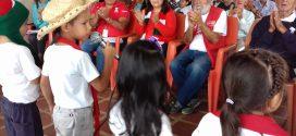 Fundación del niño llevó alegría a los abuelos del Inass