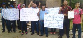 Trabajadores de Induservi exigen a Krafts Food Venezuela reivindicación salarial