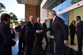Delegaciones internacionales arriban a República Dominicana para Diálogo de Paz entre Gobierno venezolano y oposición