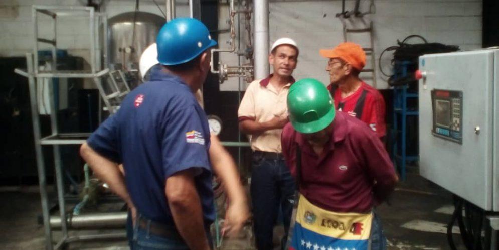 Trabajadores de empresas públicas se unen para restablecer la producción regional