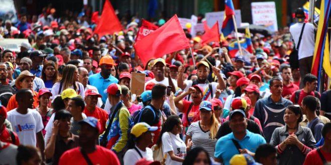 Pueblo venezolano reafirma su apoyo a la paz, democracia y soberanía